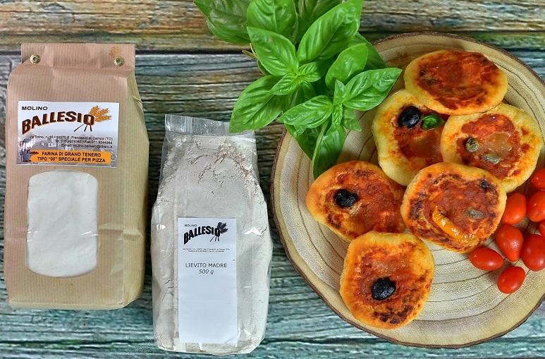 pizzette fatte con la farina per pizza del Mulino Ballesio Torino