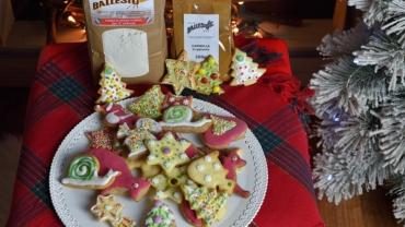 biscotti di Natale con decori con farine del Mulino Ballesio